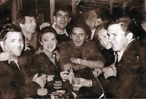 dongues-jean-et-bande-1964-1-300x204 dans DONGUES Jean
