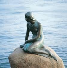 Belle suédoise  (la) sirène